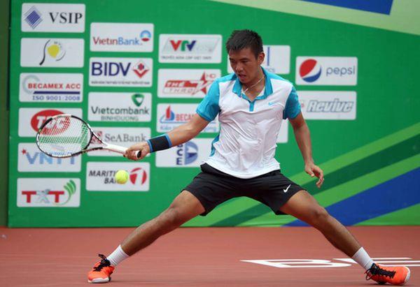 Thắng tay vợt Trung Quốc, Hoàng Nam vào chung kết