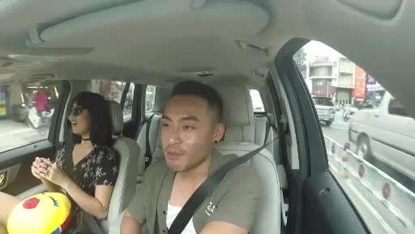 Mai Ngô tung clip siêu nhắng nhít trên xe