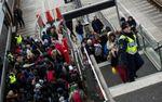 Thủ tướng Nga lên án chính sách nhập cư của bà Merkel