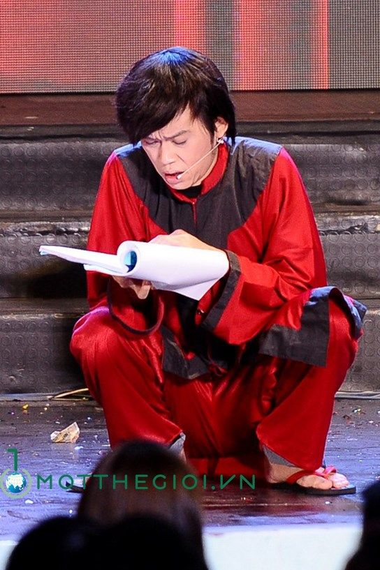 Liveshow Hoài Linh thành công, cháy vé và đầy cảm xúc
