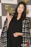 Jeon Ji Hyun đón con trai đầu lòng