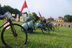Vào Hoàng thành Thăng Long ngắm làng nghề truyền thống