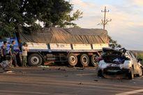 Xe con đâm trực diện xe tải: Thêm một chiến sỹ CSGT tử vong