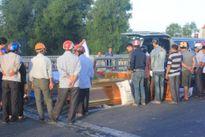 Hà Tĩnh: Đâm xe vào mố cầu, hai nam thanh niên tử vong tại chỗ