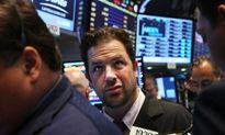 Nhà đầu tư đang bán tháo chứng khoán với tốc độ cao kỷ lục