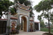 Những ngôi chùa linh thiêng nhất tại Hà Nội cho mùa Vu Lan Vào dịp này, mọi người thường đi chùa thắp hương cửa Phật và cầu siêu với mong muốn sẽ mang lại nhiều may mắn và an lành cho những người thân trong gia đình. Tuy nhiên việc lựa chọn cho mình điểm