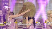 Tiffany đội đầu sư tử, nhảy nhót khi SNSD giật cúp