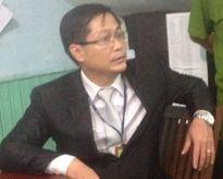 Tạm giữ tài xế ở Sài Gòn hất CSGT lên capo