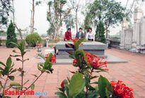 Nguyễn Du, tình thơ và những người đẹp Thăng Long
