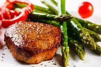 Ăn thịt bò, cá hồi giúp giảm nguy cơ bị bệnh tim mạch