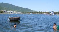 Loay hoay tìm nơi neo tàu trên sông Hàn