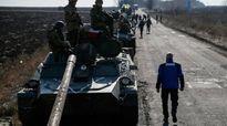 Poroshenko mỉa mai Nga, không cấp quy chế đặc biệt cho Donbass
