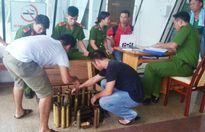 Đà Nẵng: Bán vật liệu nổ trong... chợ đồ cổ