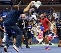 Federer, Novak Djokovic dễ dàng thẳng tiến vào vòng 3 US Open