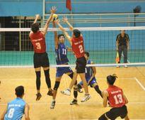 VCK giải bóng chuyền hạng A: Nam Hà Tĩnh thua sốc trước Hà Nội