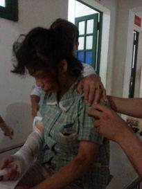 Bên ngoài đại nhà máy Samsung: Nữ công nhân bị cướp giật điện thoại
