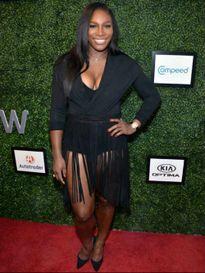 Quên US Open, Serena vui vẻ diễn thời trang bên bồ mới