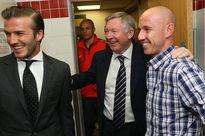 """Bị ăn """"giày bay"""", Beckham vẫn nói đẹp về Sir Alex"""
