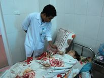 Sang Lào phục vụ đám ma, cả xe bị đâm trực diện, một người tử vong