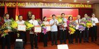 Đảng ủy Khối Doanh nghiệp T.Ư trao Kỷ niệm chương cho 17 lãnh đạo Bộ, ban, ngành T.Ư