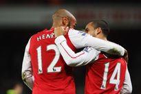 'Một số cầu thủ trẻ Arsenal chẳng biết Thierry Henry là ai'