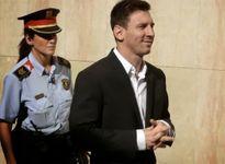 Nóng: Messi hầu tòa, có thể phải ngồi tù 2 năm vì trốn thuế