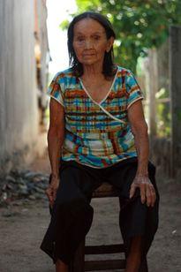 50 năm sống trong 'bóng tối' vì căn bệnh tiểu mãi không ngừng