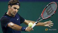 Federer bất ngờ bị loại