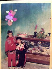 Tuổi thơ và quá khứ khó khăn của gia đình Hoa hậu Phạm Hương