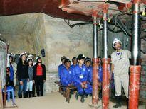 Quảng Ninh sẽ mở tour 'du lịch hầm lò'