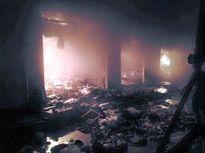 Cháy chợ, 10 sạp hàng bị thiêu rụi