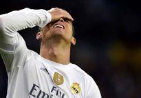 Fan Real chửi mắng Ronaldo tại Bernabeu