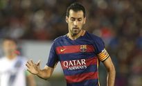 TRANH CÃI: Vì sao Sergio Busquets vắng mặt trong đội hình tiêu biểu của UEFA