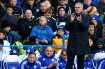"""Sau Mourinho tới lượt Van Gaal bị học trò """"đâm sau lưng"""""""
