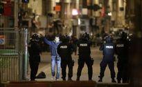 Đức bắt nghi phạm bán súng cho vụ khủng bố Paris