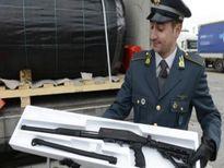 """""""Mạch ngầm"""" tuồn vũ khí vào châu Âu"""