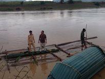 Bắt nhóm đối tượng khai thác cát sỏi trái phép trên sông Lam