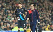Arsenal dính bão chấn thương: Còn đâu người mà đá?