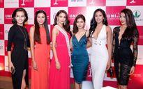 Hoa hậu Phạm Hương mang đóa sen bằng vàng đến Miss Universe 2015