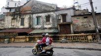 Góc vỉa hè Hà Nội bị ví với nhà vệ sinh công cộng
