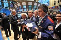 Dữ liệu kinh tế nâng bước phố Wall, giá vàng tiếp tục tăng
