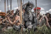 Những bộ tộc sống trong rừng sâu, quanh năm không mặc quần áo Bộ tộc Zo'é quanh năm cởi truồng ở Brazil.