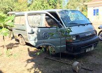 Côn đồ đập phá ô tô và tấn công kiểm lâm cướp lại gỗ bị bắt