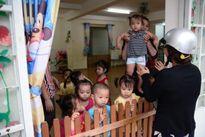 Doanh nghiệp phải hỗ trợ công nhân nữ nuôi con