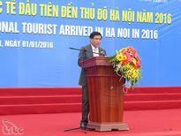 Hà Nội đón khách quốc tế đầu tiên trong năm 2016