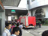 Điểm tin nóng ngày 10/1: Cháy kinh hoàng ở tòa nhà Toyota Mỹ Đình
