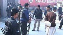 Hơn 70 người thương vong trong vụ tấn công trường đại học ở Pakistan