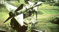 Tên lửa đánh Không quân hay Không quân hải quân Mỹ dễ hơn?