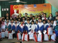 Hơn 10.000 phần quà Tết sẽ được trao cho trẻ em nghèo