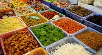 Thực phẩm sạch: dân quê để dành ăn Tết, dân phố hoang mang